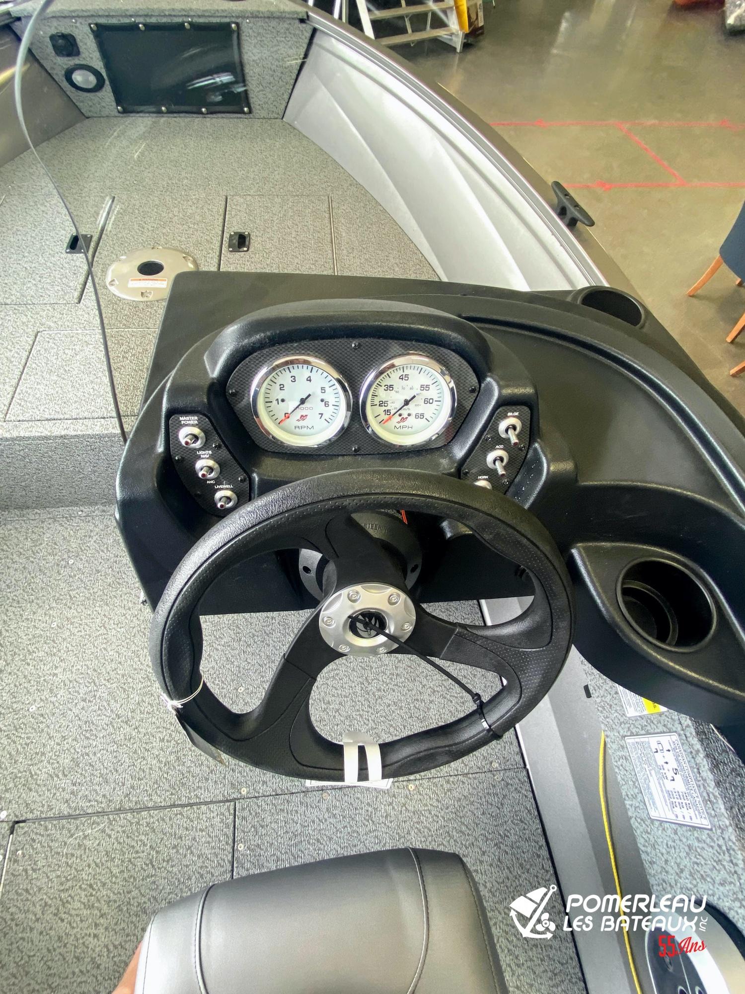 Crestliner vision 1600 - IMG_3837