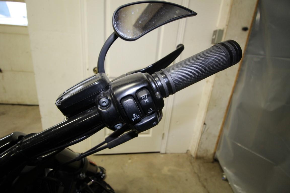 Harley-Davidson V-Rode - IMG_8421 (Moyen)
