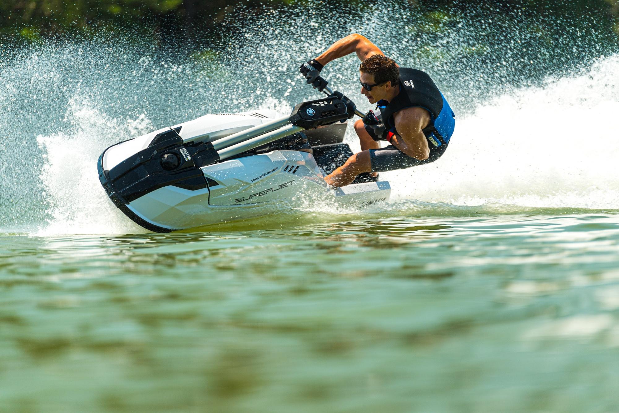Yamaha superjet - 2021_Superjet_Action_00780