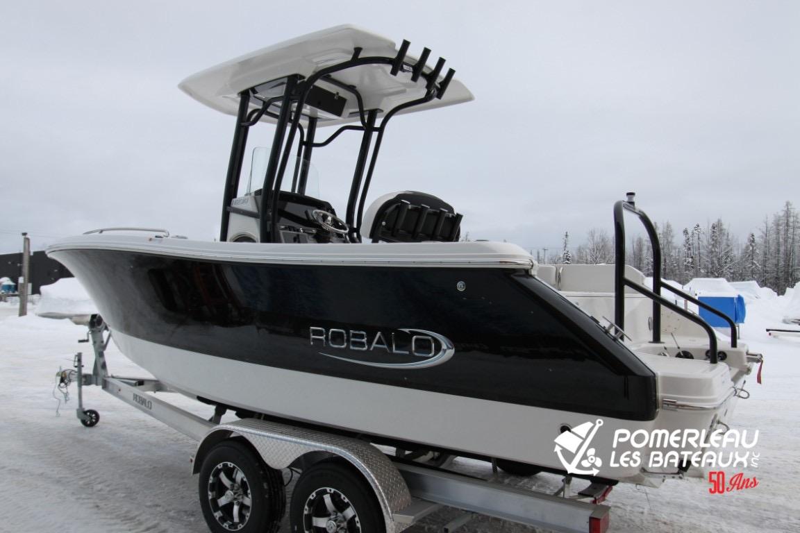 Robalo R230 - IMG_4681 (Moyen)