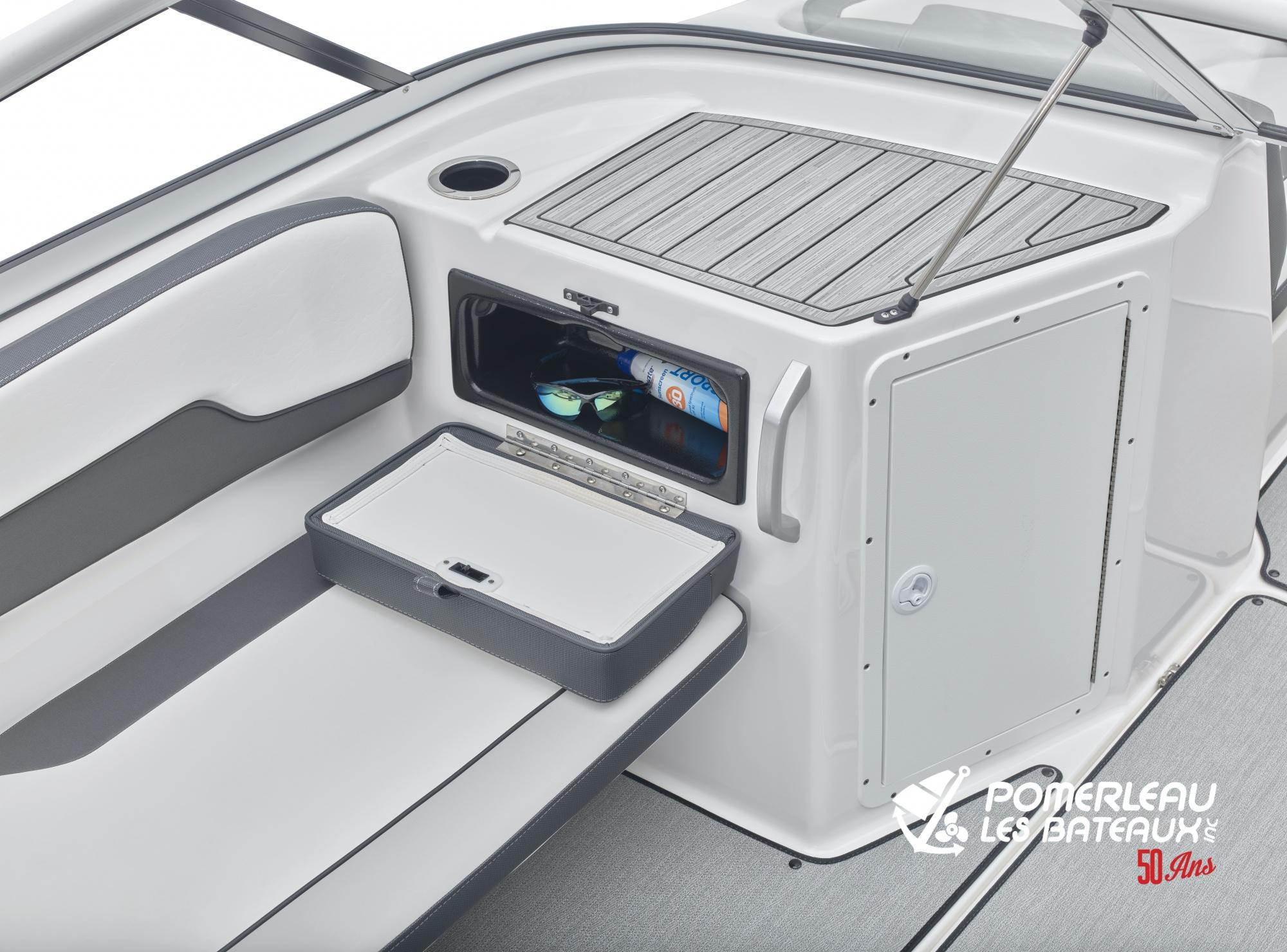 Yamaha AR 195 - 2021_AR195_Detail_Glovebox-1