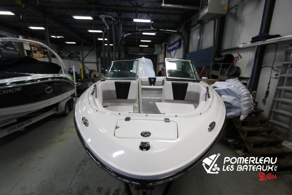 Chaparral 21 Surf - IMG_4435
