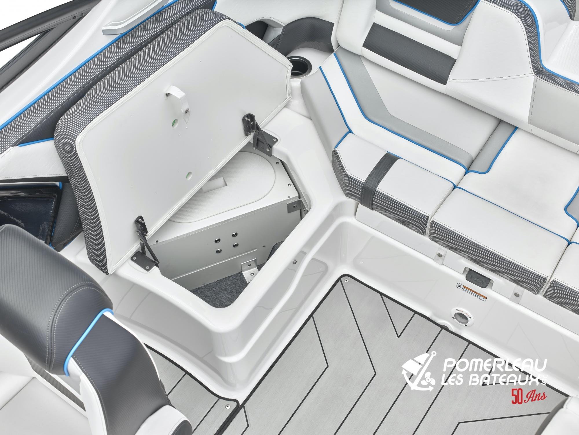Yamaha 212 XE - 212X_Cockpit Ballast