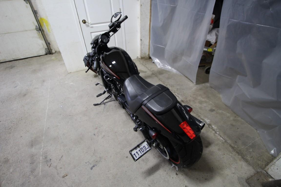 Harley-Davidson V-Rode - IMG_8403 (Moyen)