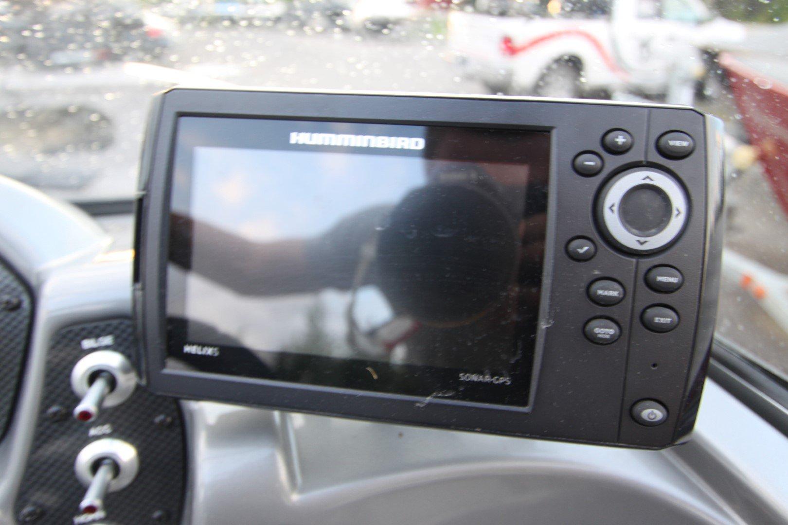 Crestliner Vision 16 - IMG_6429