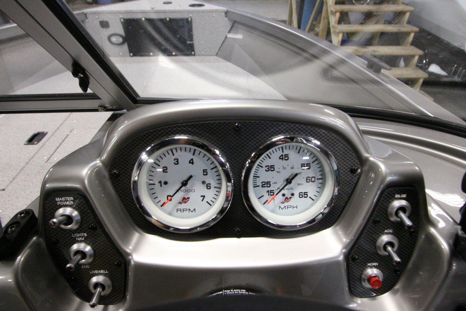 Crestliner Vision 1700 - IMG_9463