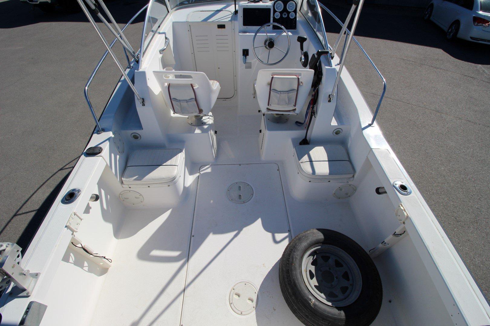 Sea Hunt Victory 215 - IMG_0892