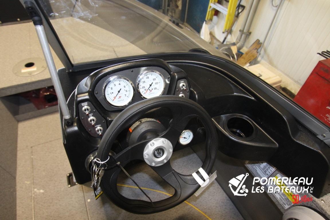 Crestliner Vision 1700 - IMG_4304