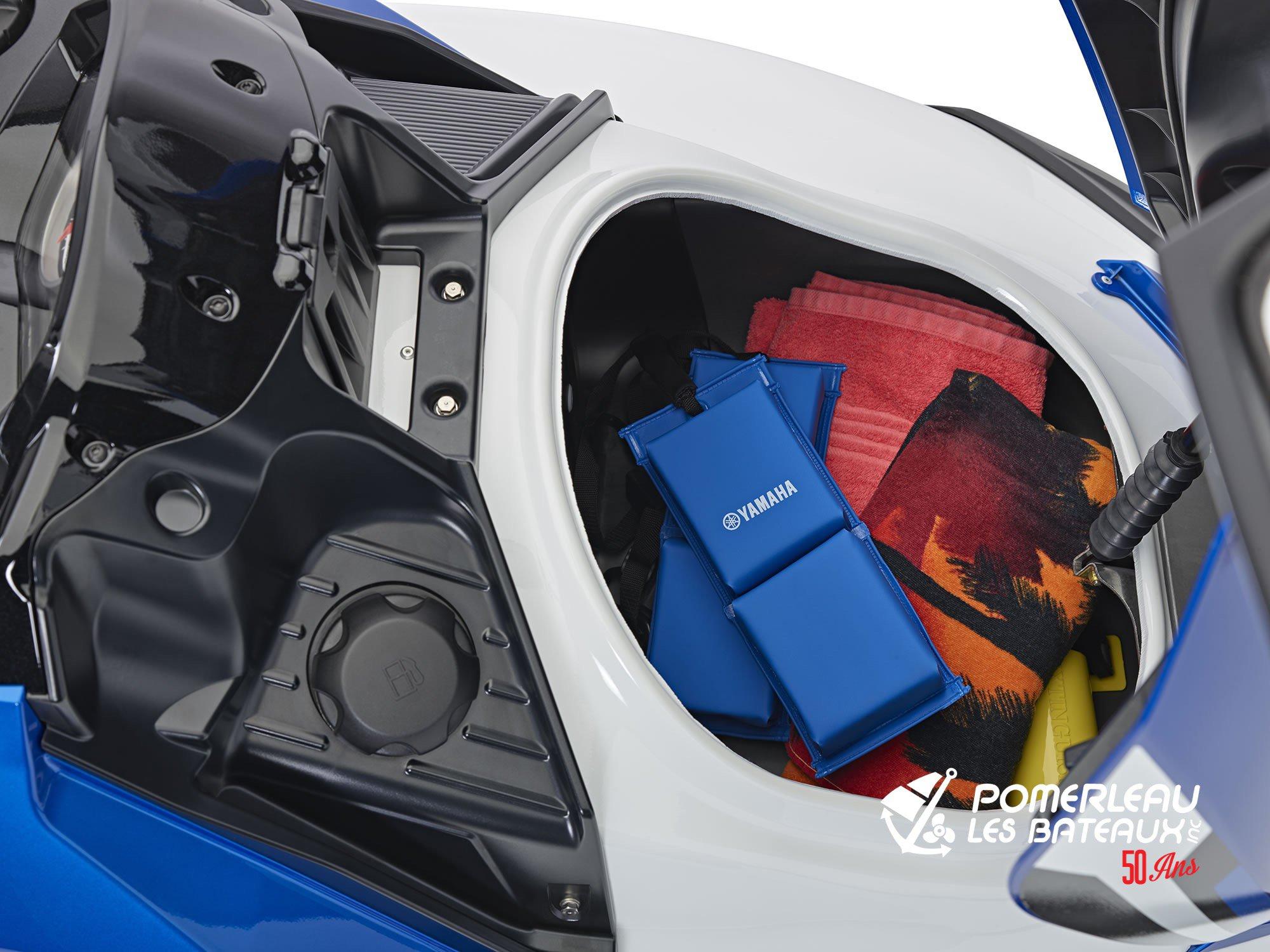 Yamaha FX HO - 2018-FX-HO-White-Deck-Storage_l