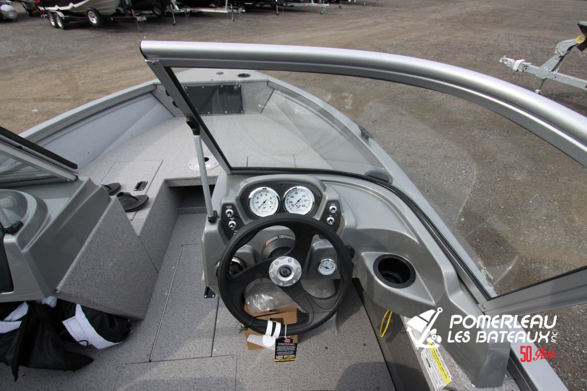 Crestliner Vision 1700 - IMG_1468