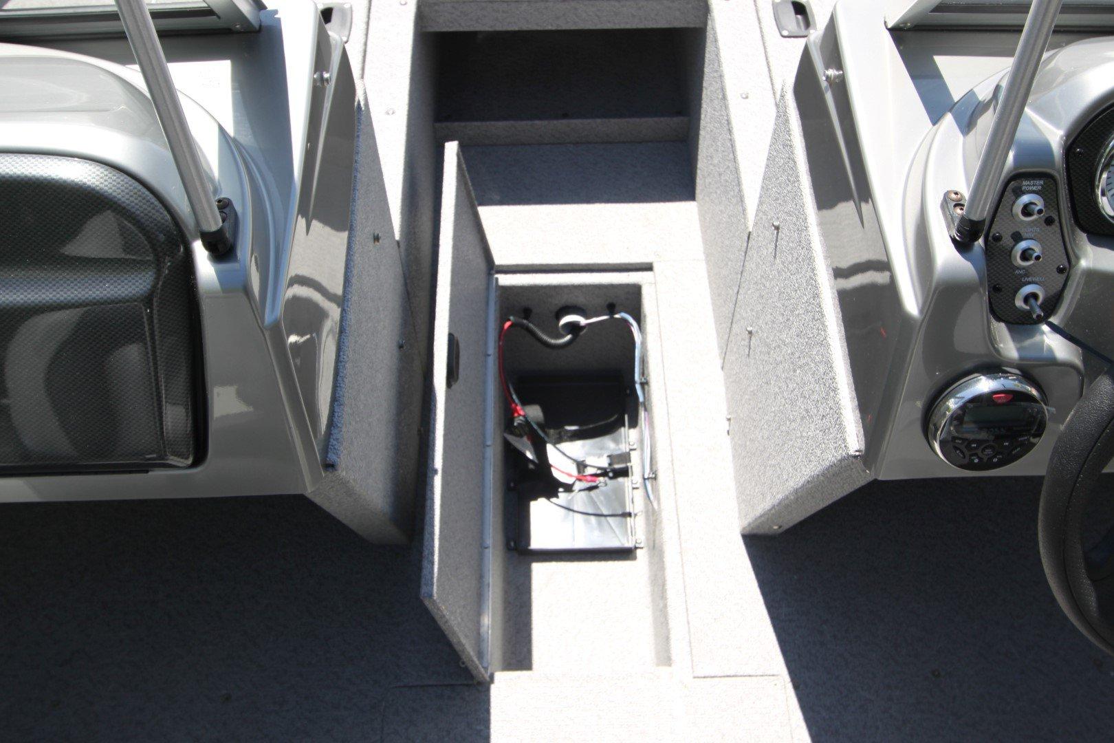 Crestliner Vision 1700 WT - IMG_5472