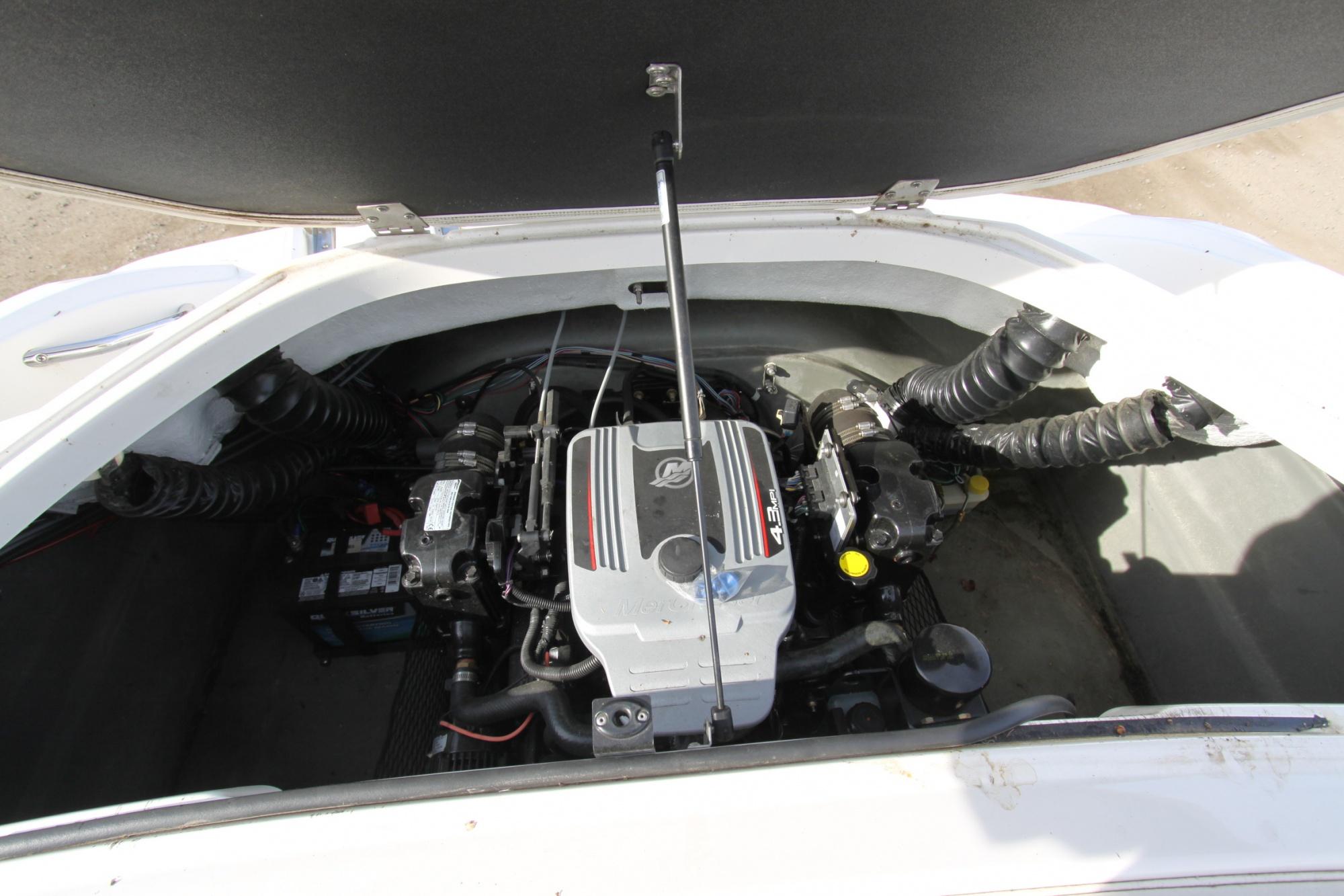 Larson LX 850 - IMG_3228