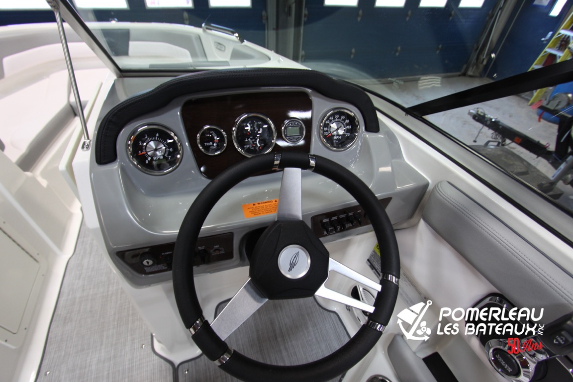 Chaparral 21 SSI - IMG_5183