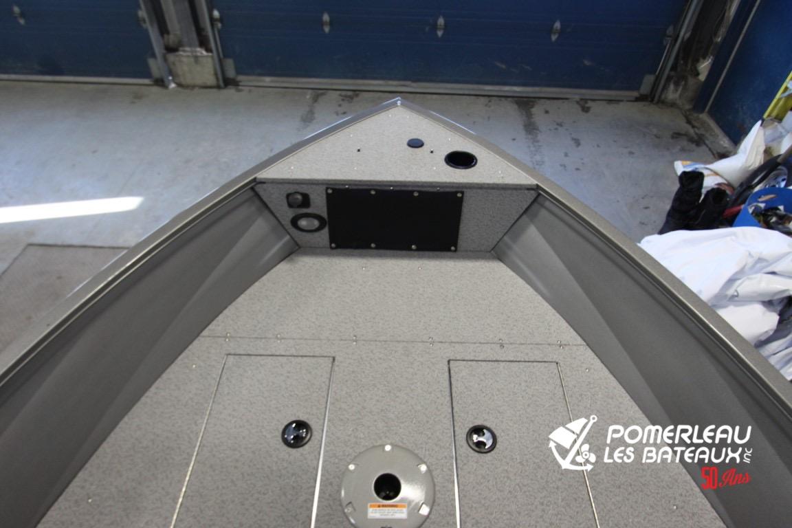 Crestliner Vision 1600 - IMG_4225