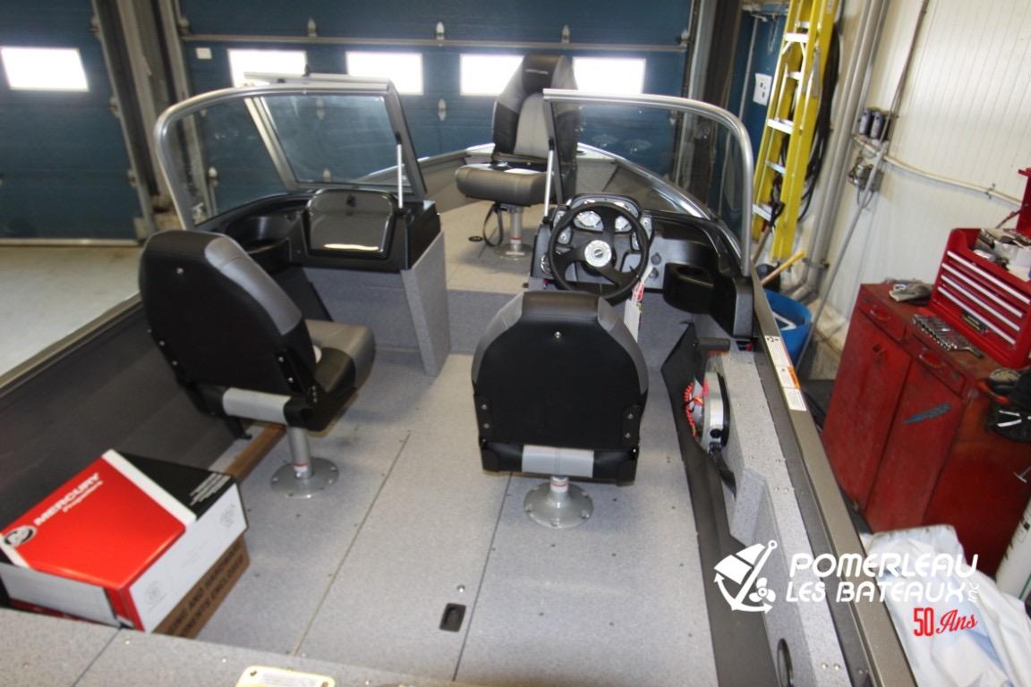 Crestliner Vision 1600 - IMG_4187
