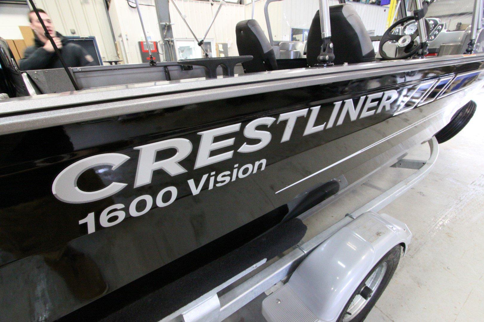 Crestliner Vision 1600 - IMG_9367