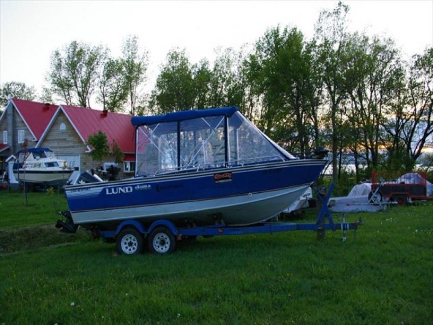 Lund 2100 Newport - 14019