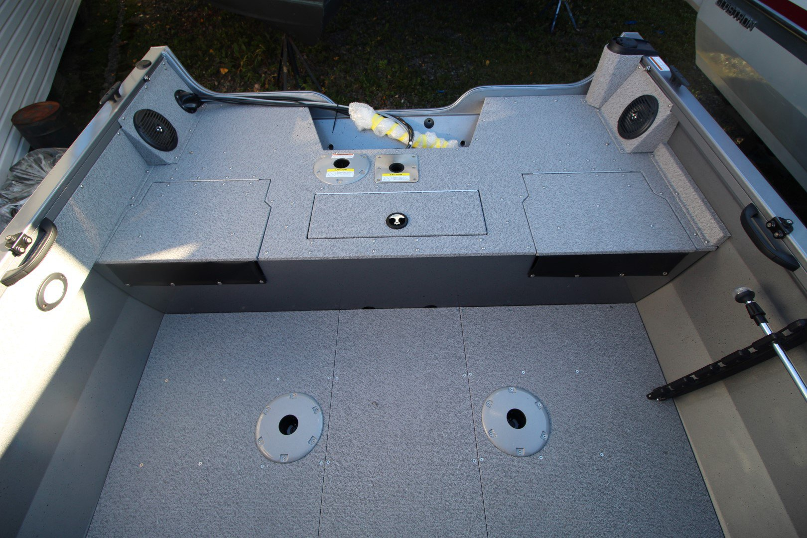 Crestliner Vision 1700 - IMG_2435