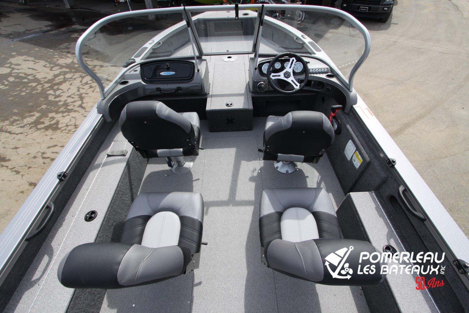 Crestliner Fish Hawk 1850 Platinum - IMG_2287