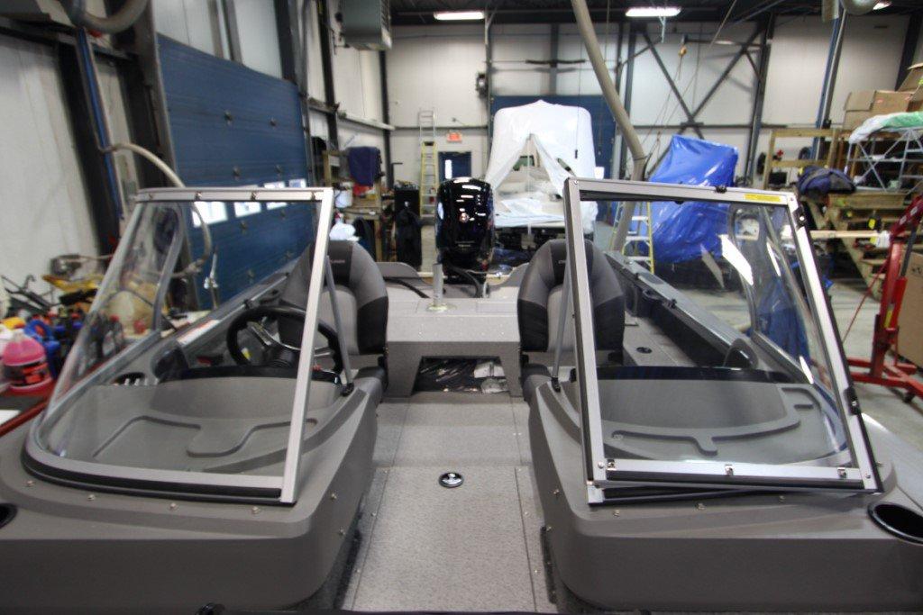 Crestliner Fishhawk 1750 Platinum - IMG_0286 [1024x768]