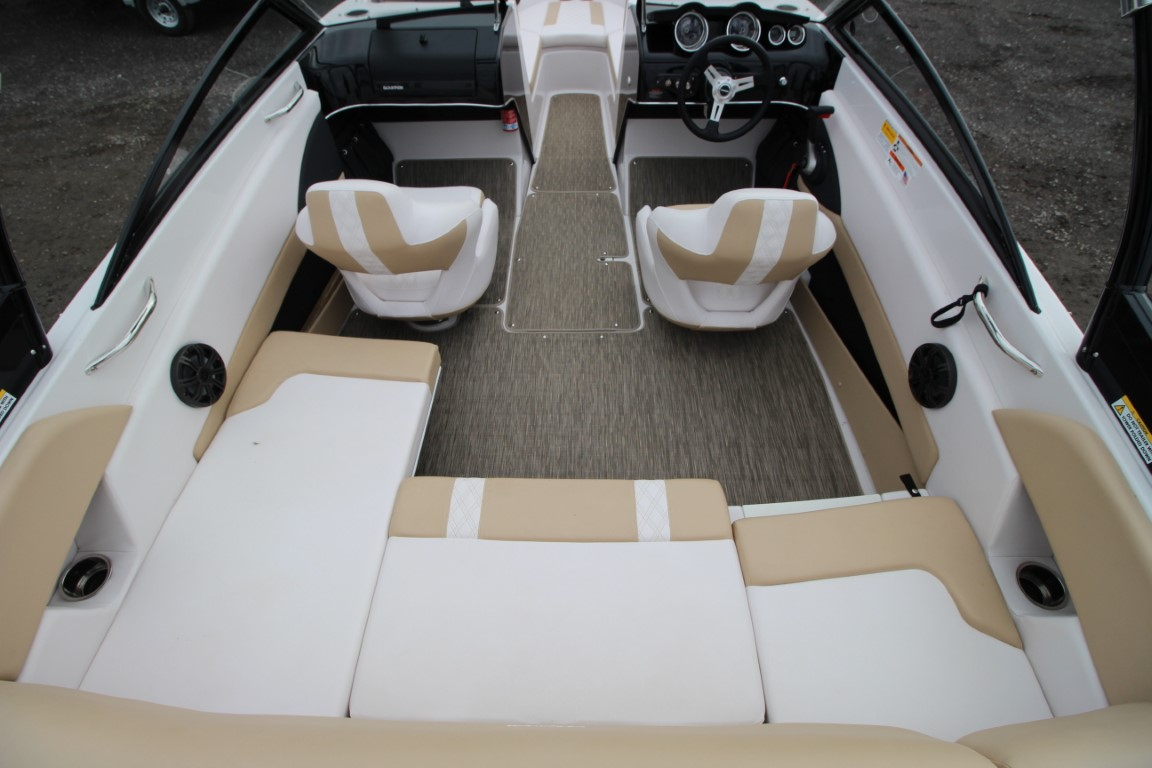 Glastron GT 205 - IMG_8510 (Moyen)