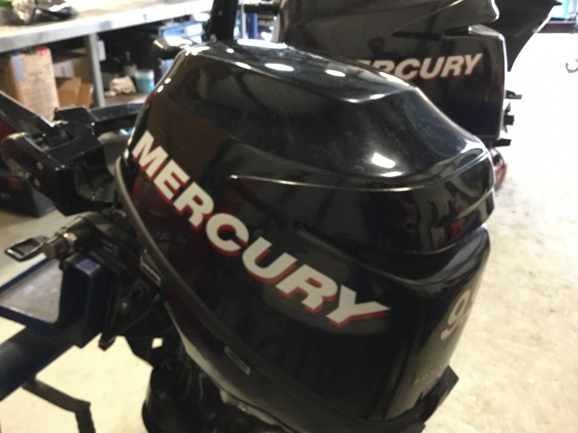Mercury 9.9 M - IMG_1650