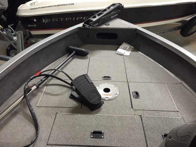 Crestliner Inc Fish Hawk 1600 - IMG_5620