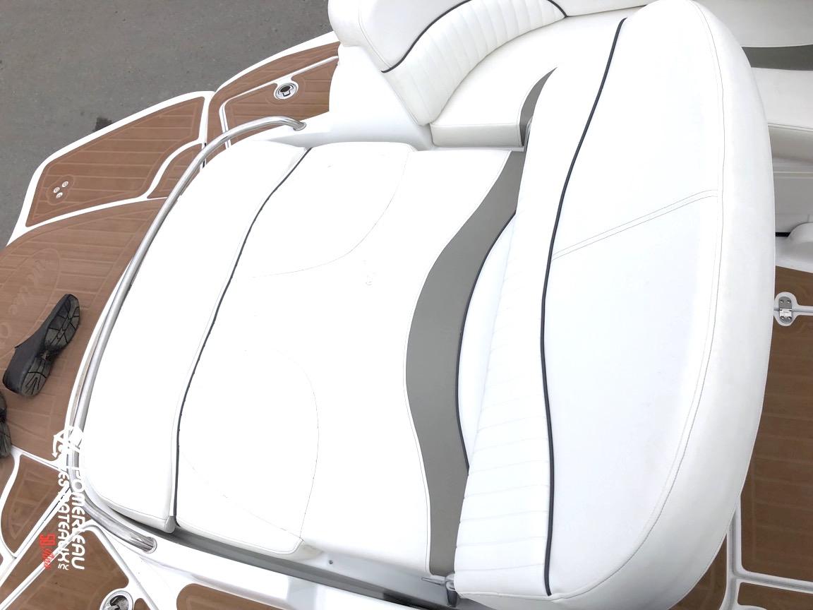 Cruiser Yachts 298 - IMG_3278.jpeg