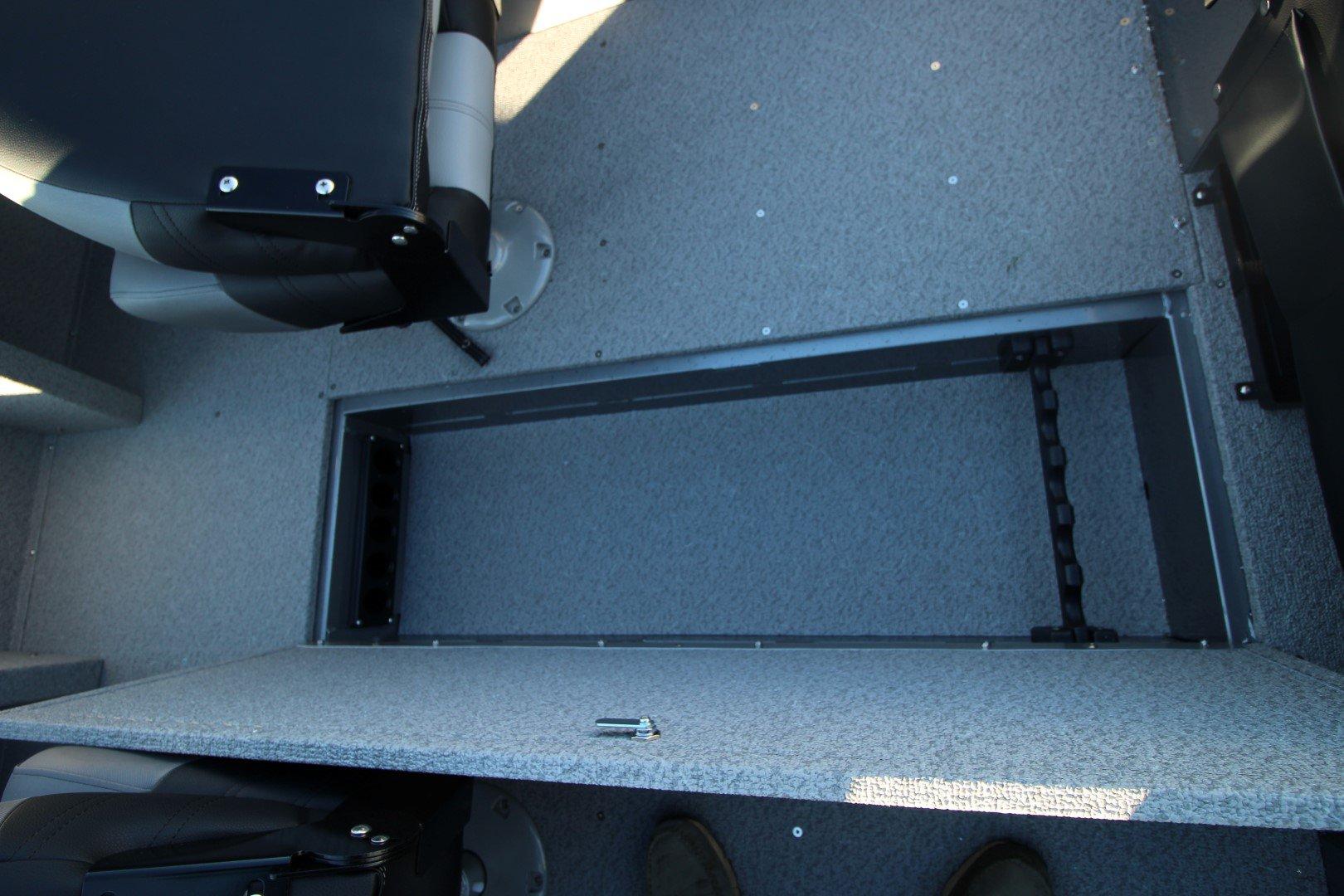 Crestliner Vision 1600 - IMG_2467