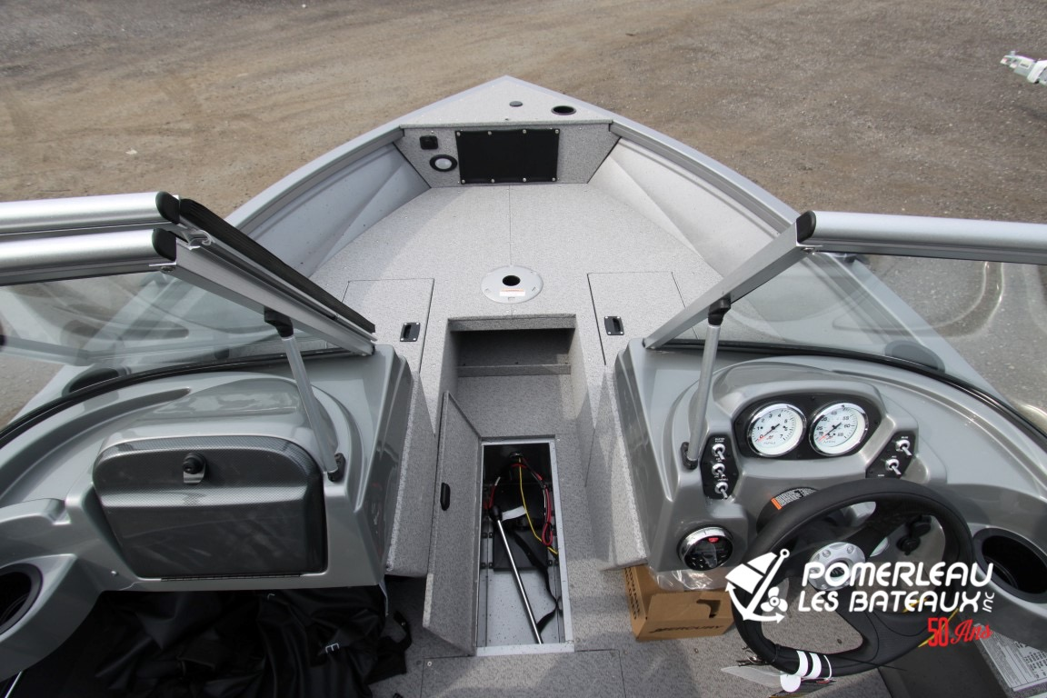 Crestliner Vision 1700 - IMG_1463