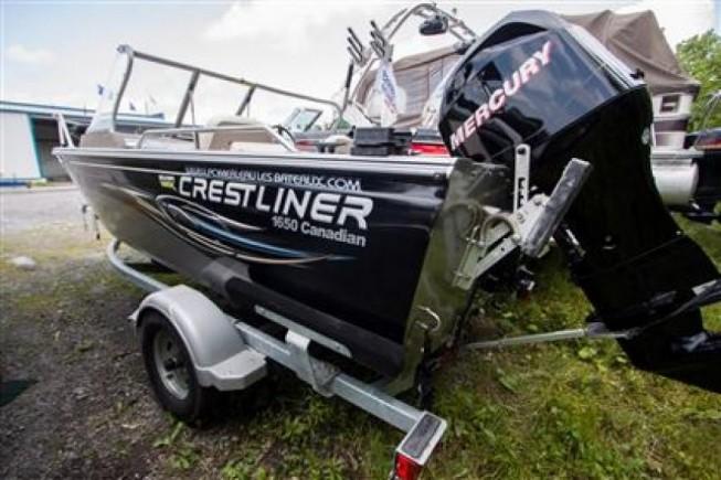 Crestliner Inc Canadian 1650