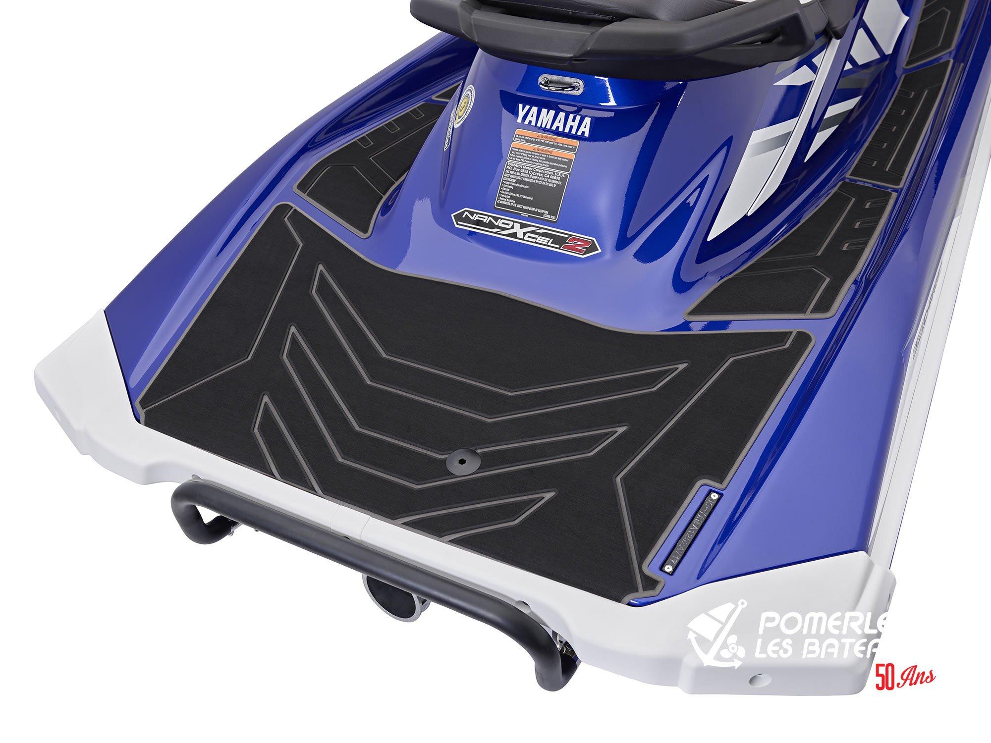 Yamaha GP 1800R SVHO - 2018-GP1800-Blue-Hydroturf_l