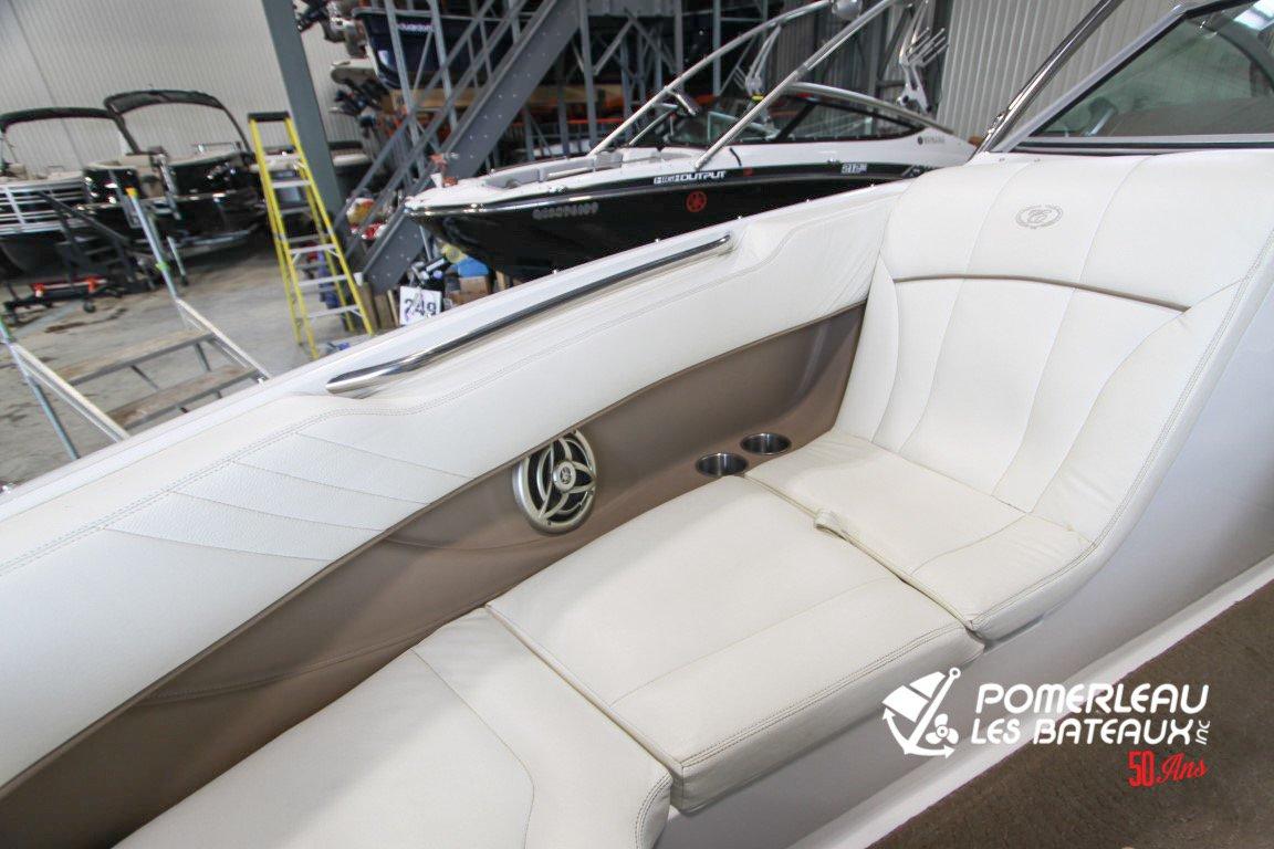 Cobalt Boats 222 - Cobalt222edit-2063