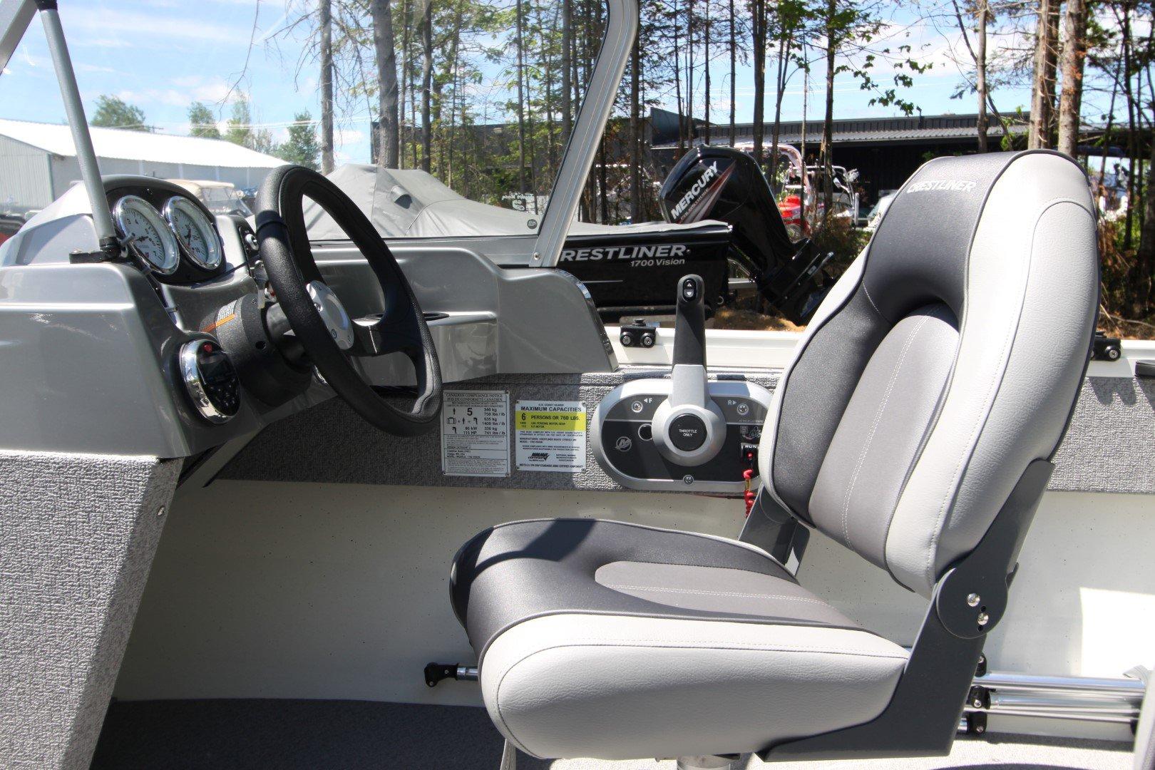 Crestliner Vision 1700 WT - IMG_5479