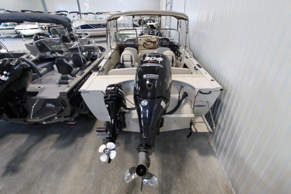 Crestliner Sportfish 2150 SST - IMG_9969