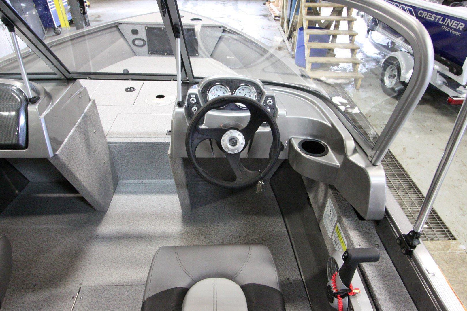Crestliner Vision 1600 - IMG_9374