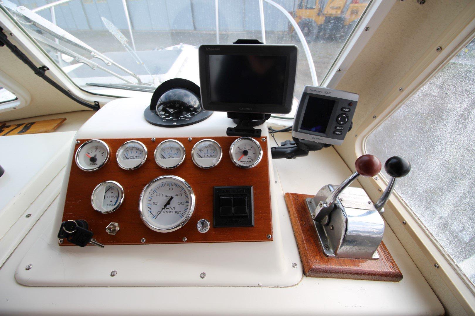 Sisu  Islander Cuddy 22 - IMG_2063