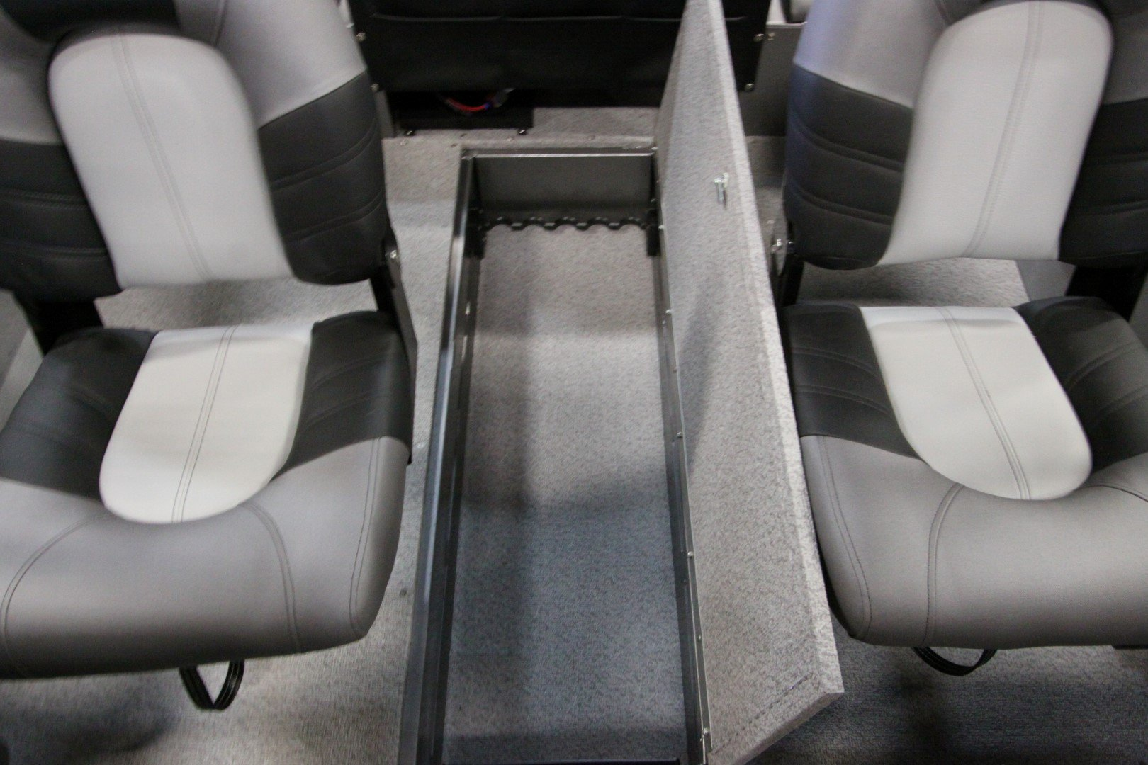 Crestliner Vision 1600 - IMG_9382