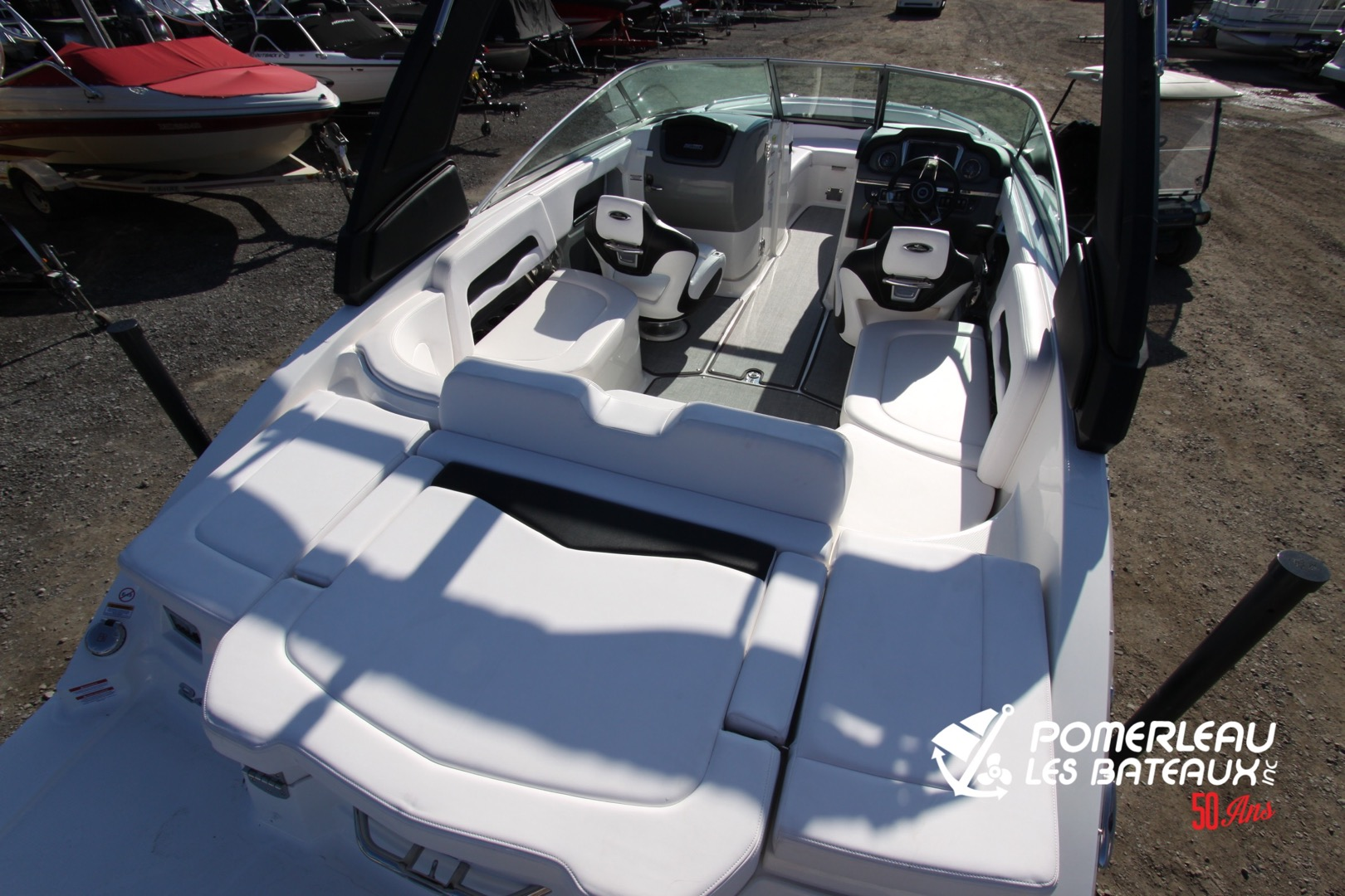 Chaparral 246 SSI - IMG_2123