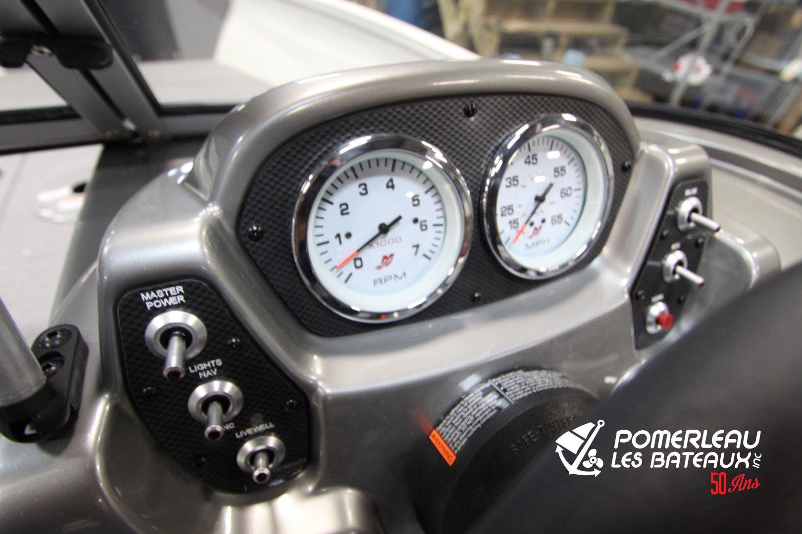 Crestliner Vision 1600 - IMG_1048