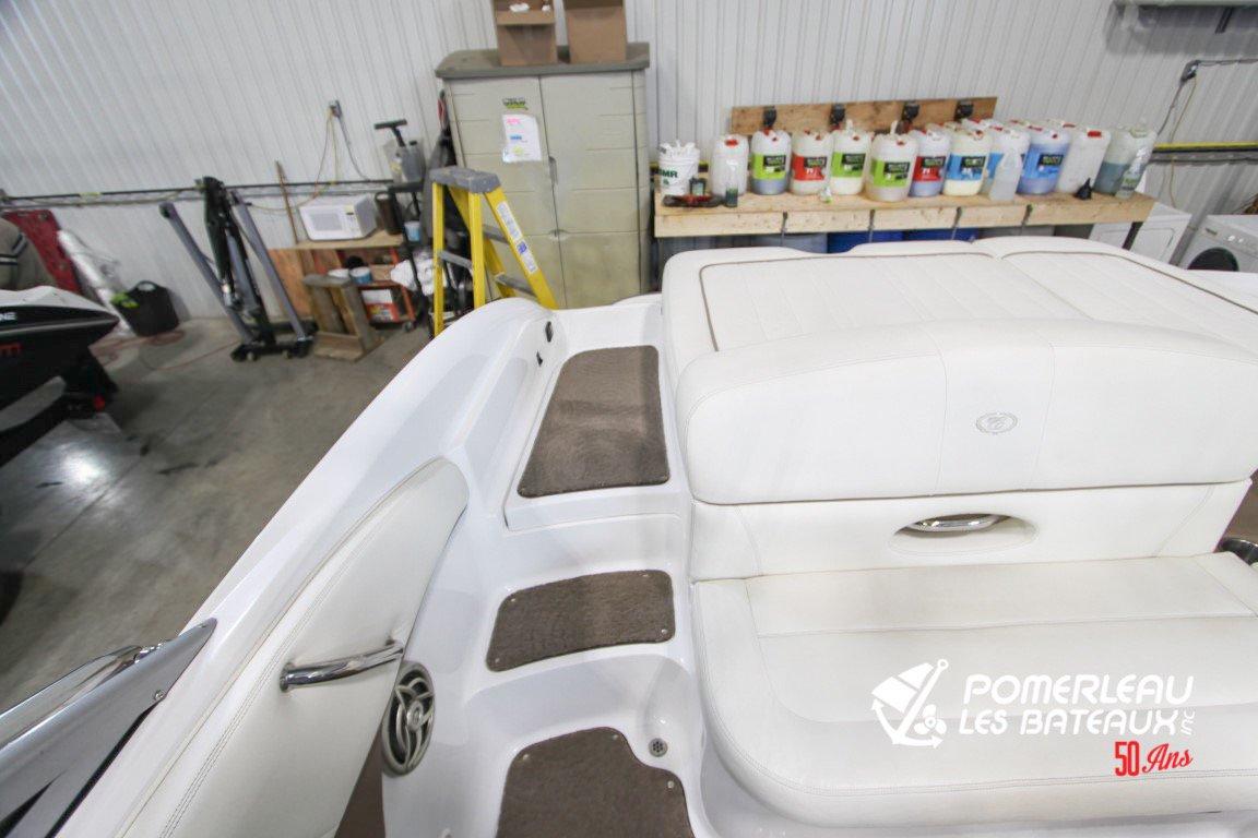 Cobalt Boats 222 - Cobalt222edit-2058