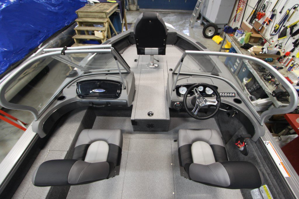 Crestliner Fishhawk 1750 Platinum - IMG_0271 [1024x768]