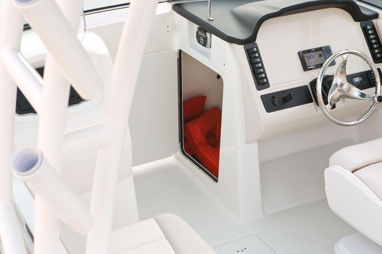 Robalo R247 - R247-ConsoleStorage-16