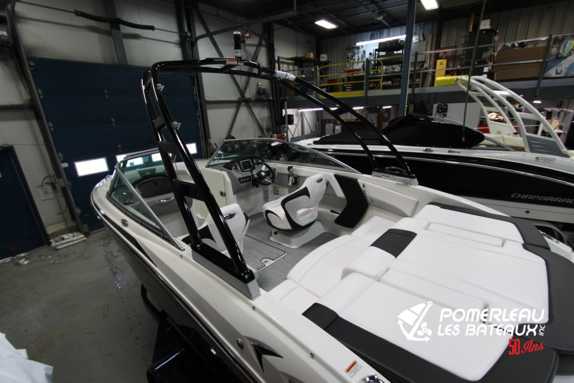 Chaparral 21 Surf - IMG_4440
