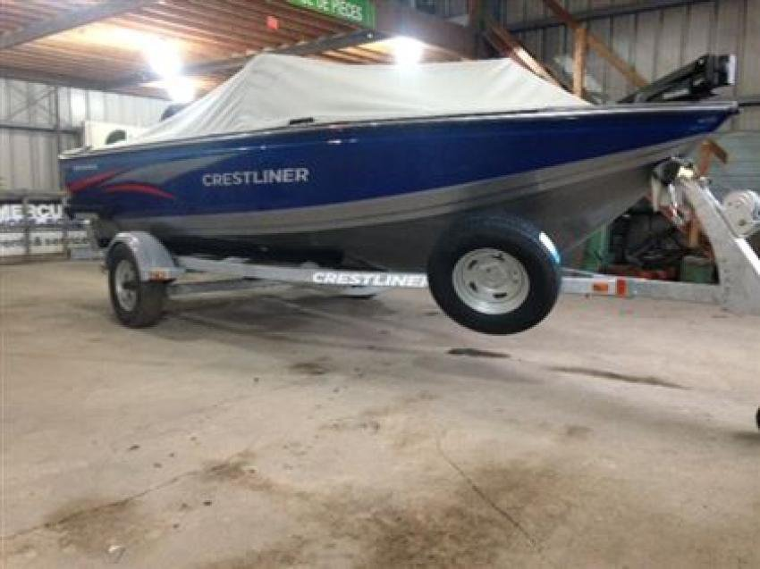 Crestliner Inc Fish Hawk 1600 - 32183