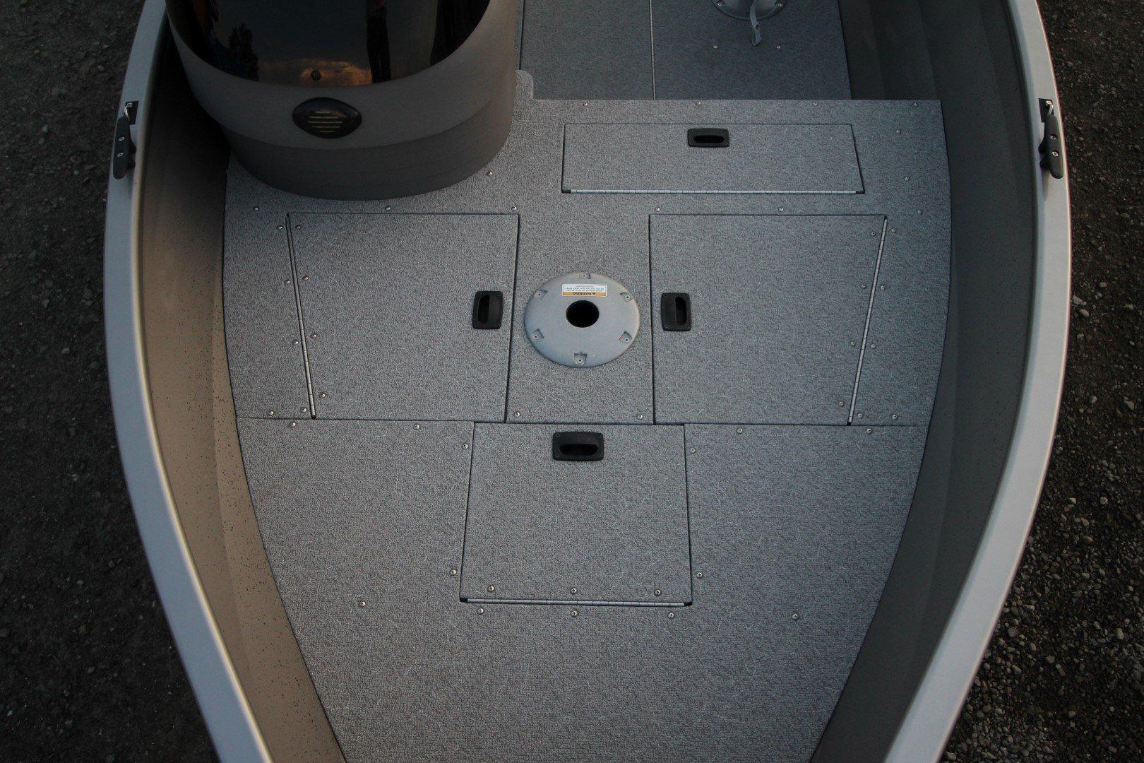 Crestliner Kodiak 16 - IMG_1630