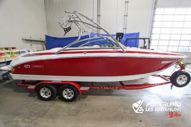 Cobalt Boats 222