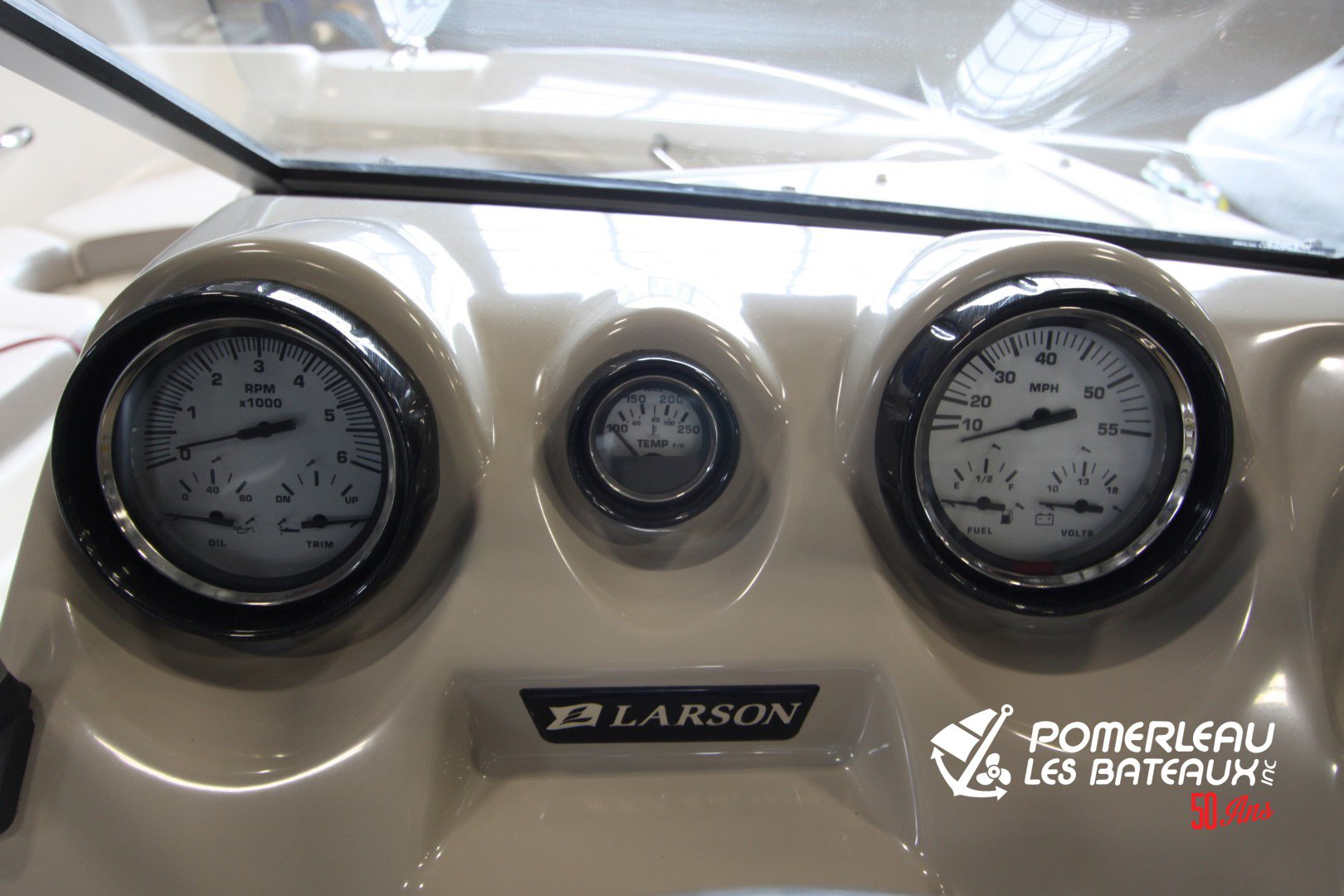 Larson 710 LX - LX1750-2186