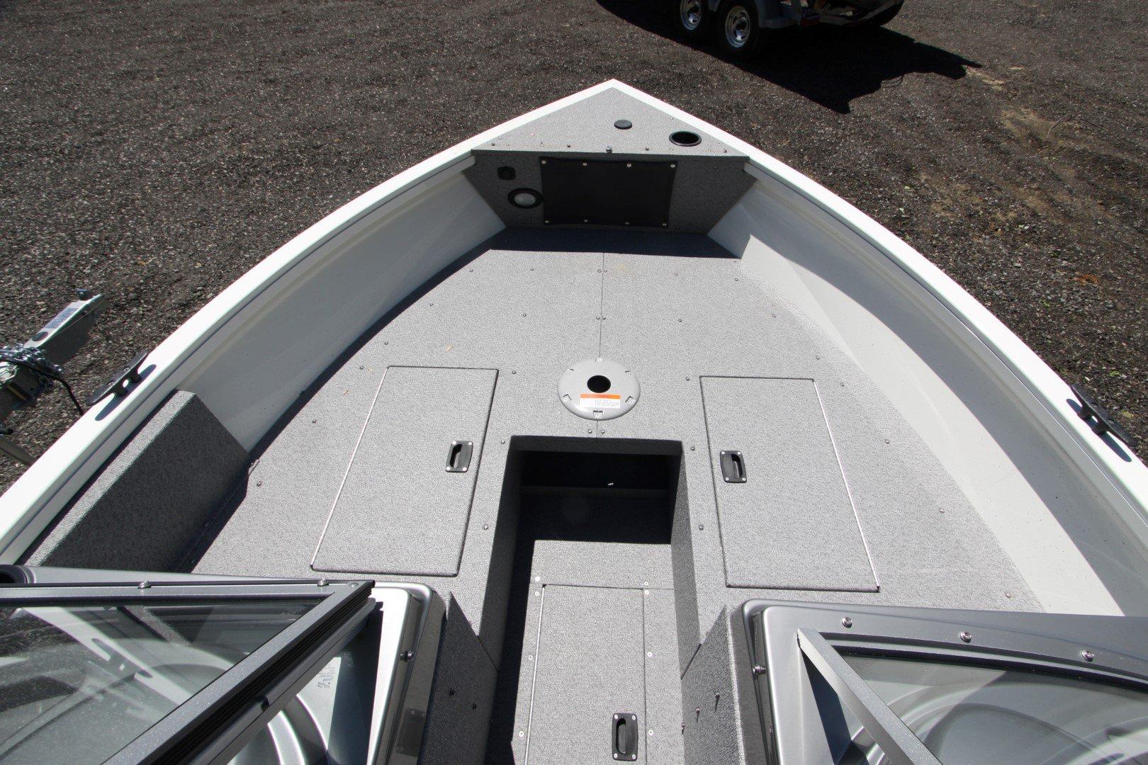 Crestliner Vision 1700 WT - IMG_5467