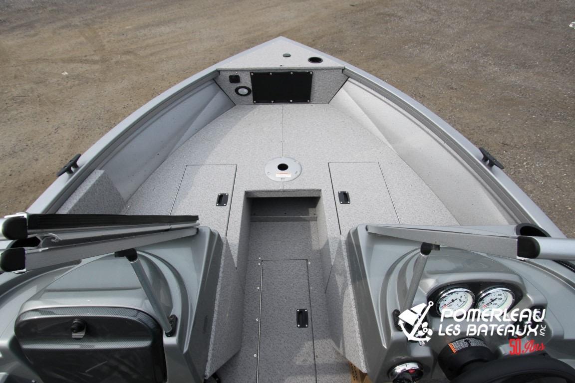 Crestliner Vision 1700 - IMG_1459